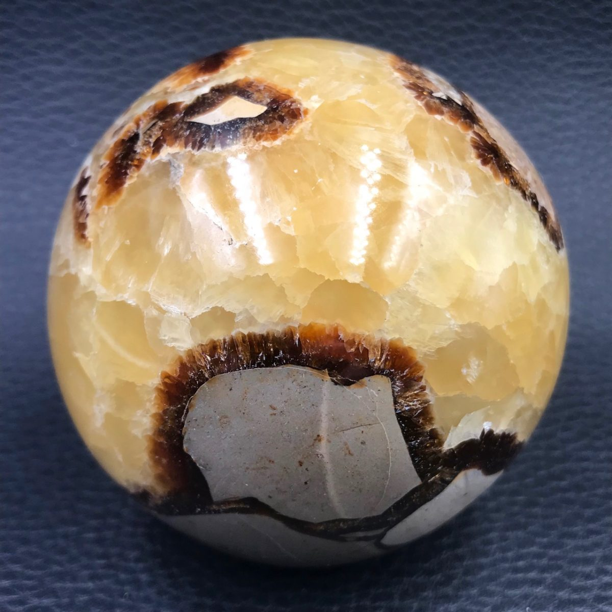sphere-septaria