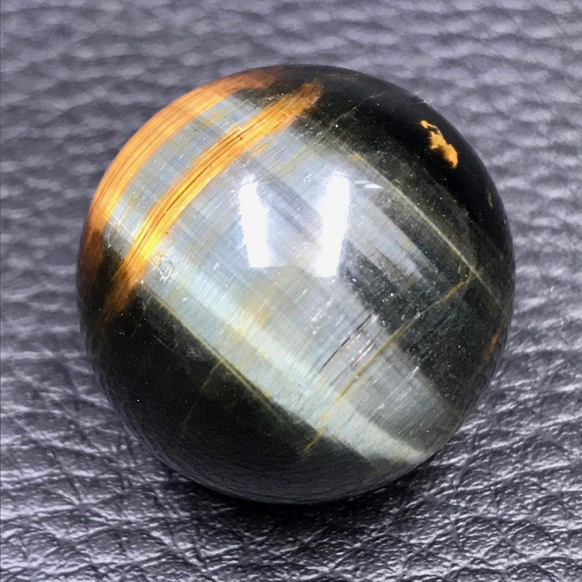 sphere-oeil-de-tigre-et-faucon